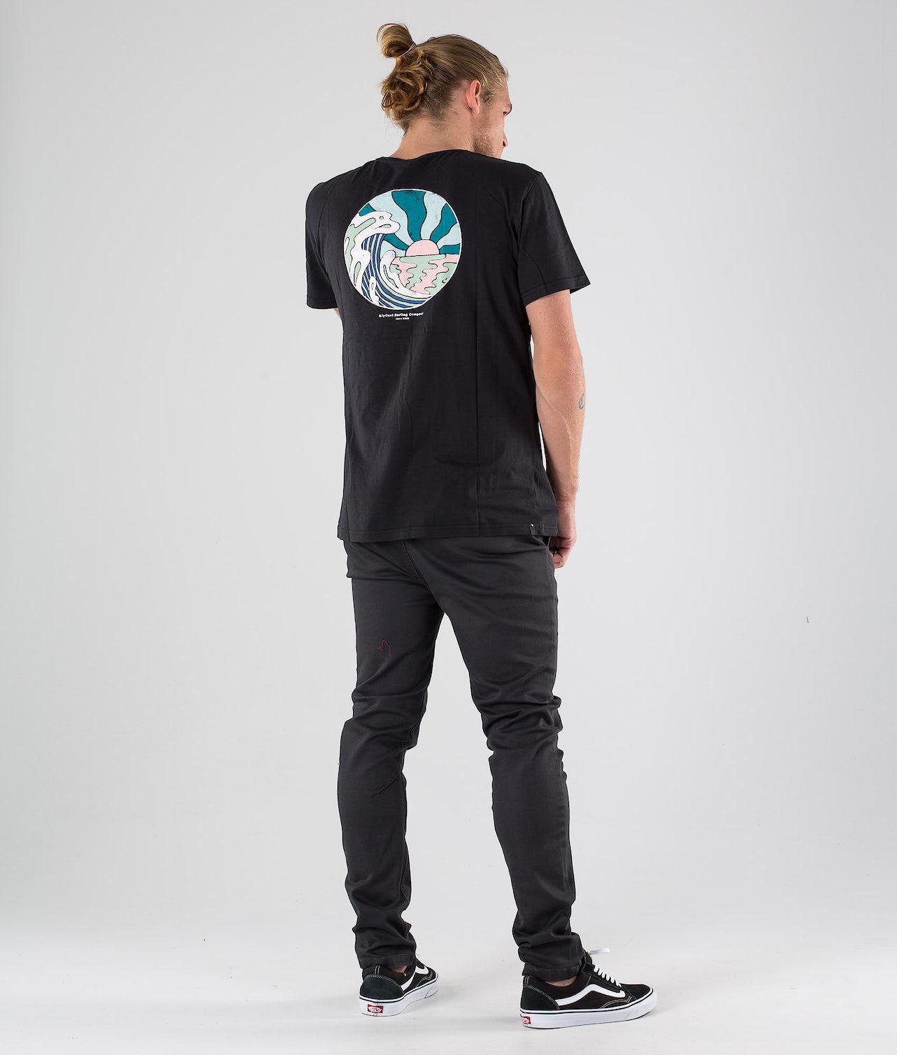 Kjøp Hazed & Tubed T-shirt fra Rip Curl på Ridestore.no - Hos oss har du alltid fri frakt, fri retur og 30 dagers åpent kjøp!