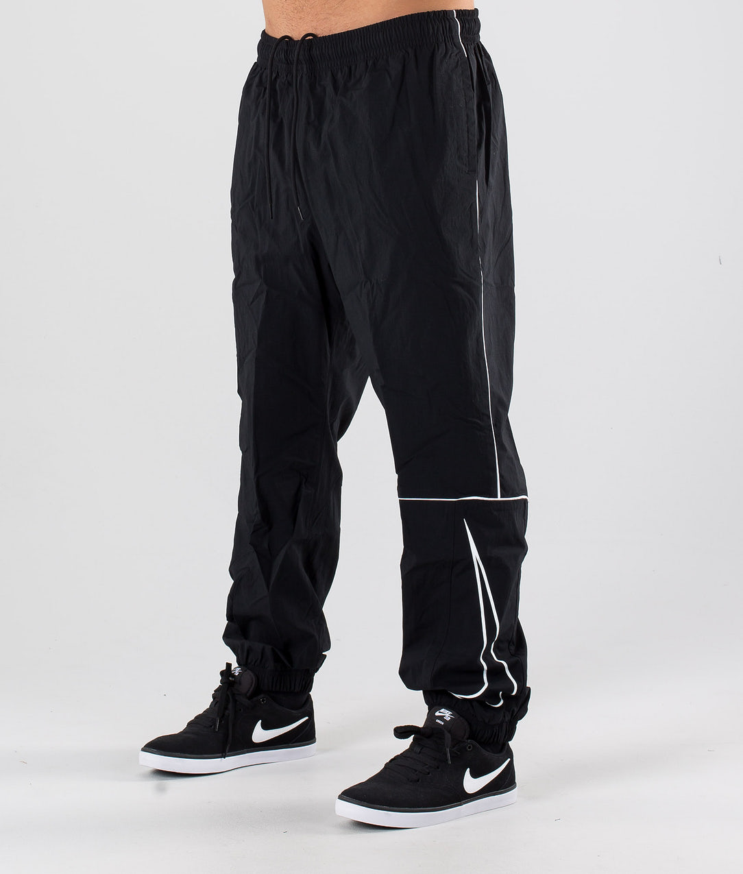 patata Conversacional Playa  Nike SB Pant Track Swoosh Pants Black/White/White - Ridestore.com