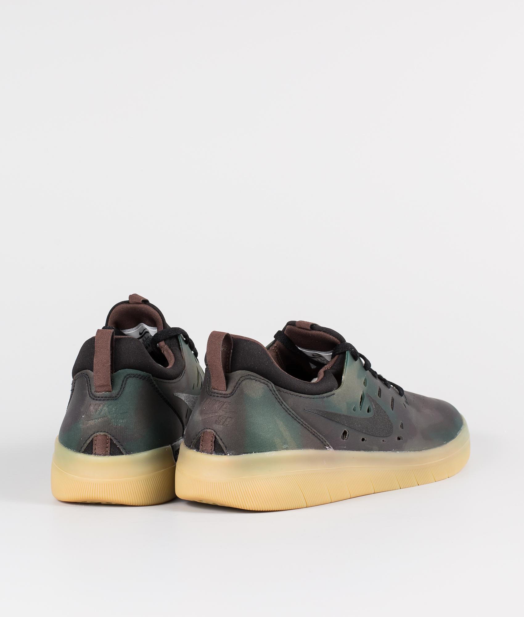 Nike SB Nyjah Free Prm Skor Multi ColorBlack Gum Light Brown