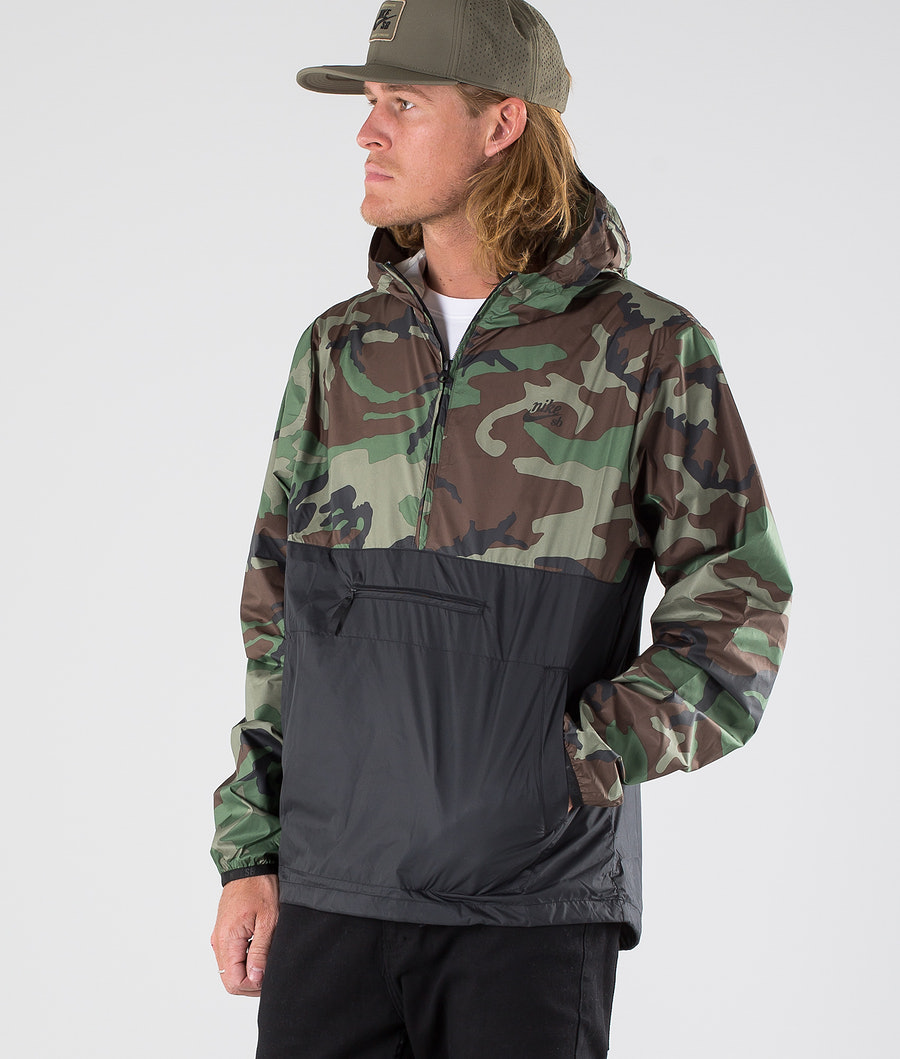 Nike SB Anorak Camo Jacket Medium Olive/Black/Black