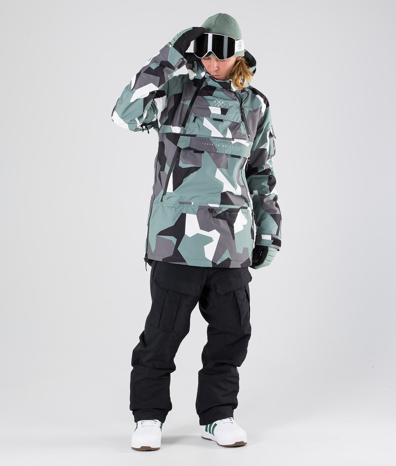 Kjøp Akin Snowboardjakke fra Dope på Ridestore.no - Hos oss har du alltid fri frakt, fri retur og 30 dagers åpent kjøp!