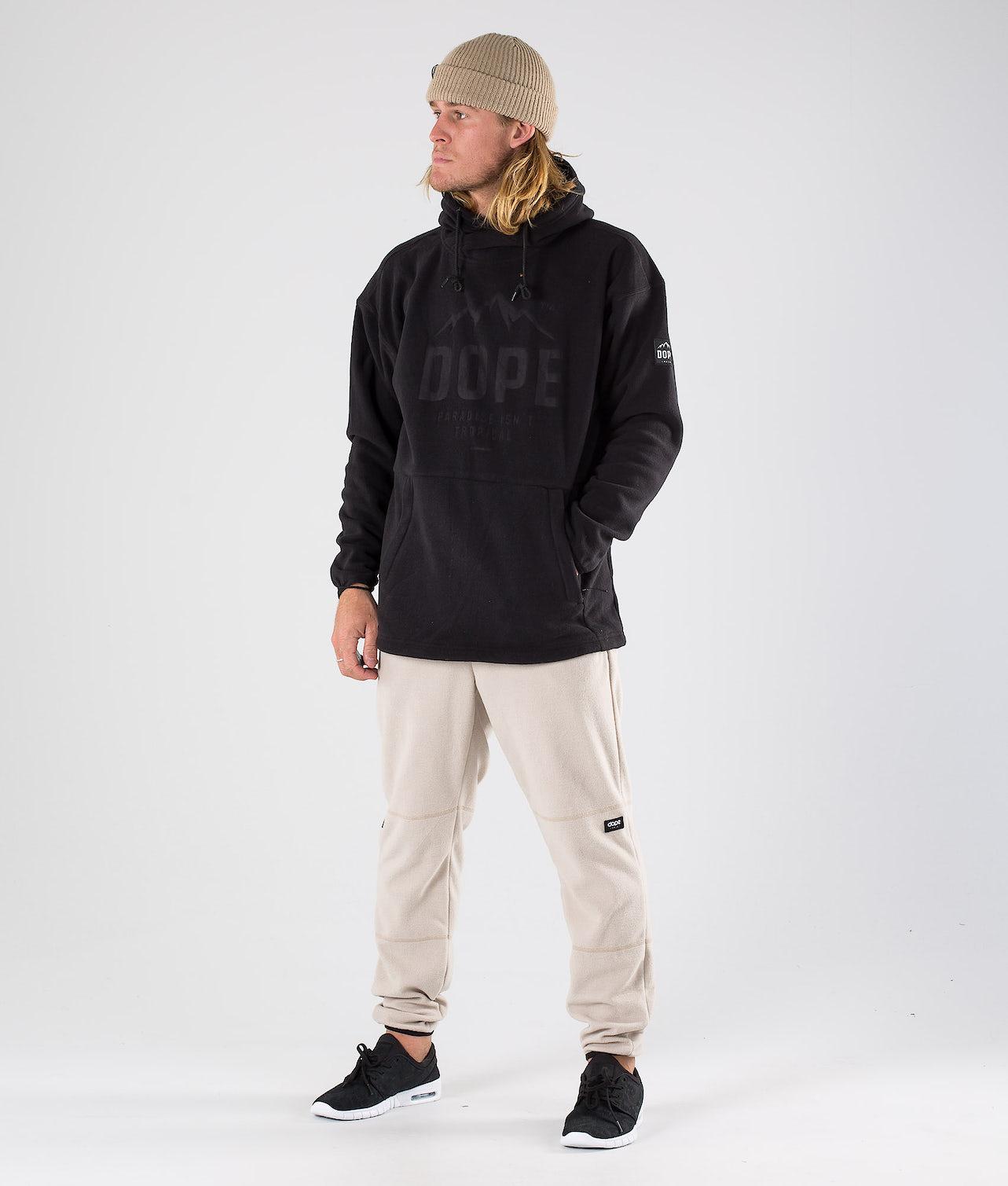 Kjøp Cozy Hood fra Dope på Ridestore.no - Hos oss har du alltid fri frakt, fri retur og 30 dagers åpent kjøp!
