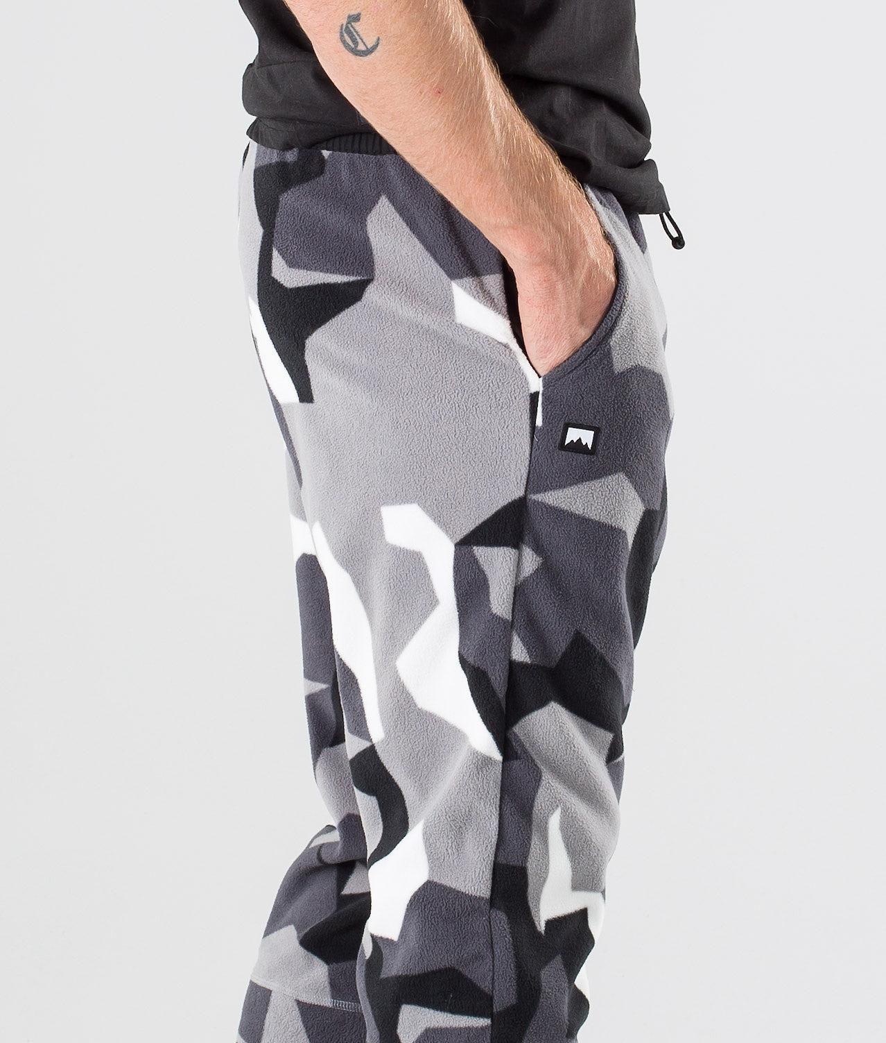 Kjøp Echo Bukser fra Montec på Ridestore.no - Hos oss har du alltid fri frakt, fri retur og 30 dagers åpent kjøp!