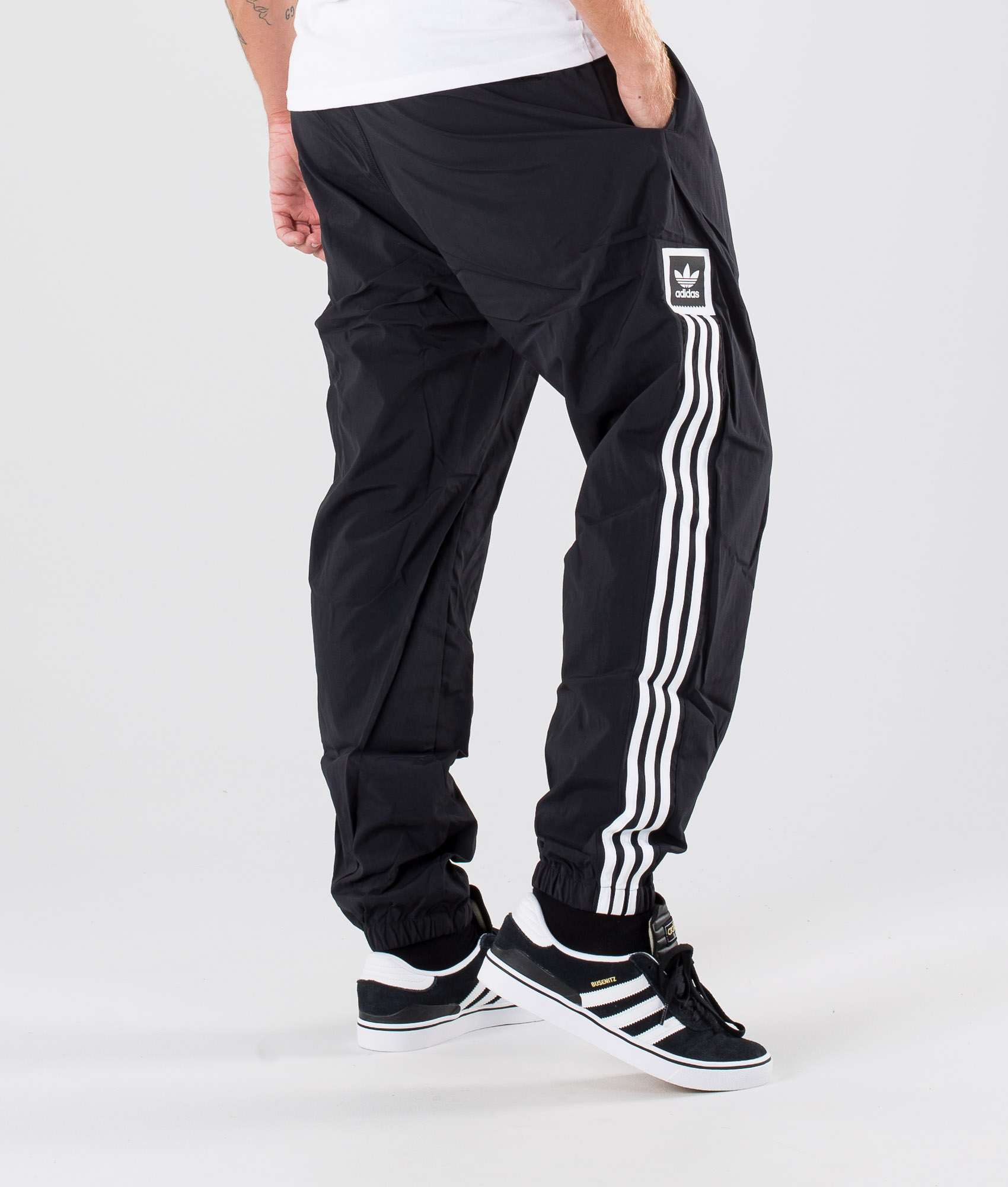 Adidas Skateboarding Tech Sweatpant Bukser BlackWhite
