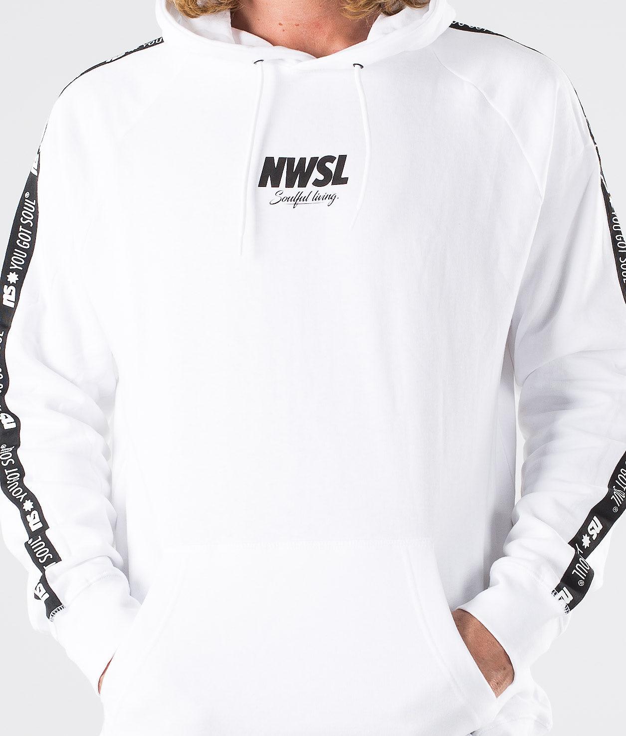 Kjøp NWSL II Hood fra Newsoul på Ridestore.no - Hos oss har du alltid fri frakt, fri retur og 30 dagers åpent kjøp!