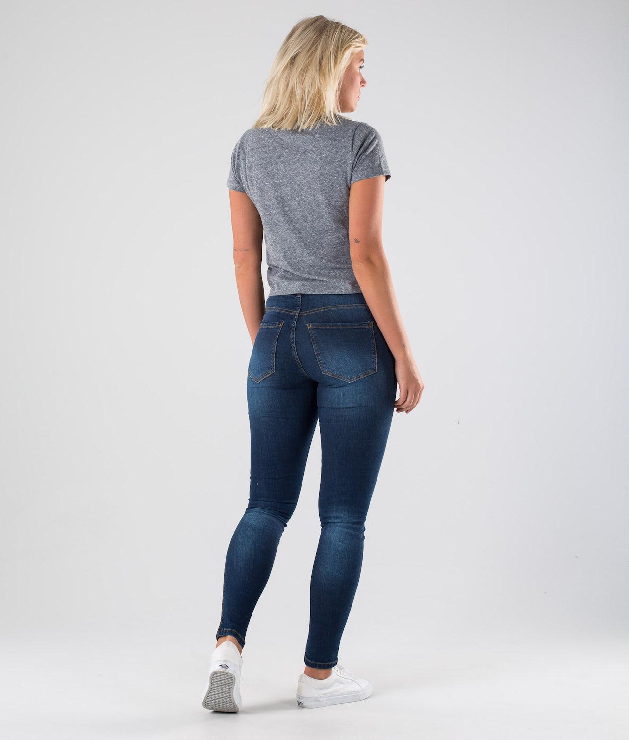 Kjøp Trifecta T-shirt fra Vans på Ridestore.no - Hos oss har du alltid fri frakt, fri retur og 30 dagers åpent kjøp!