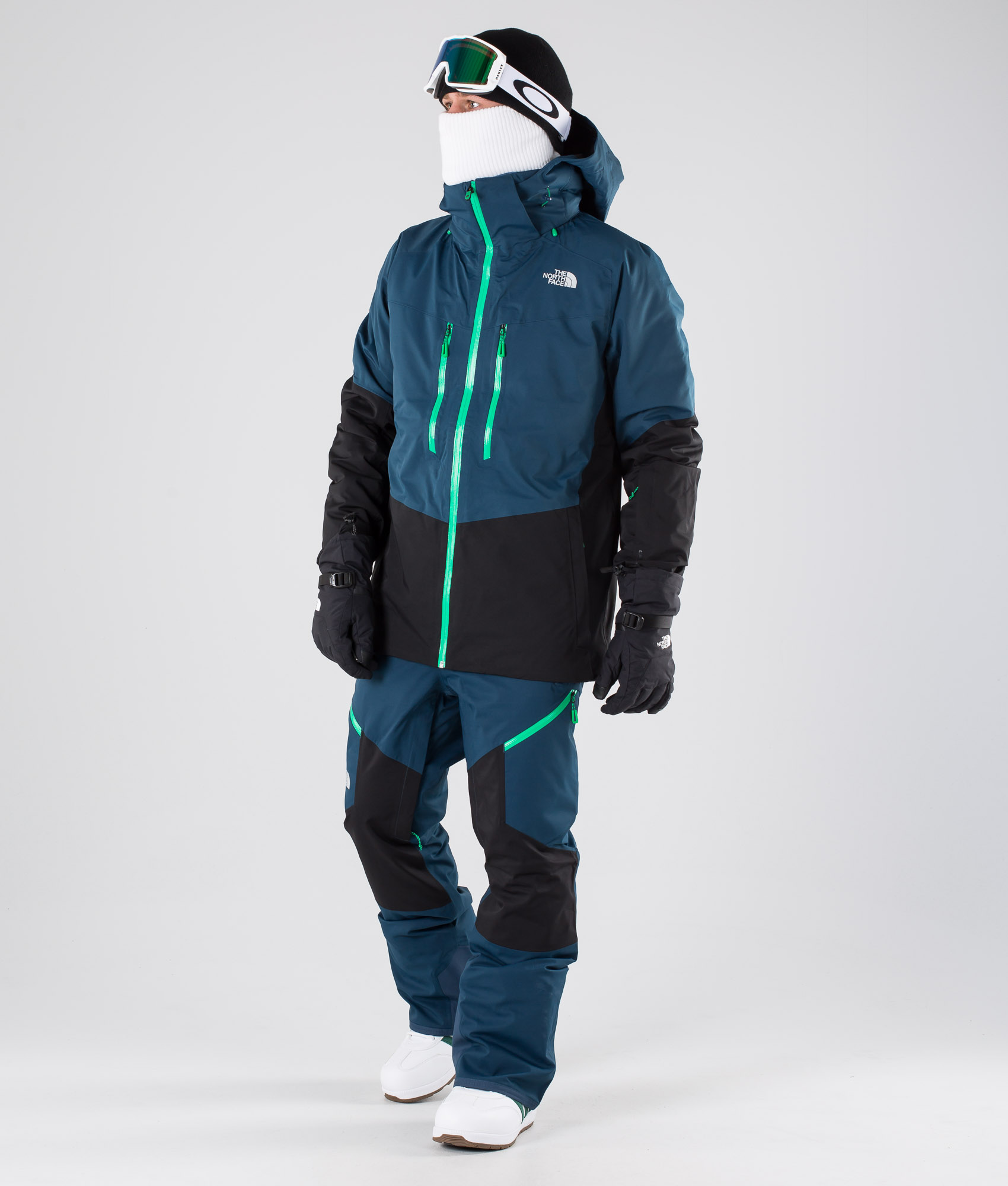 The North Face Chakal skiing jacket blue black