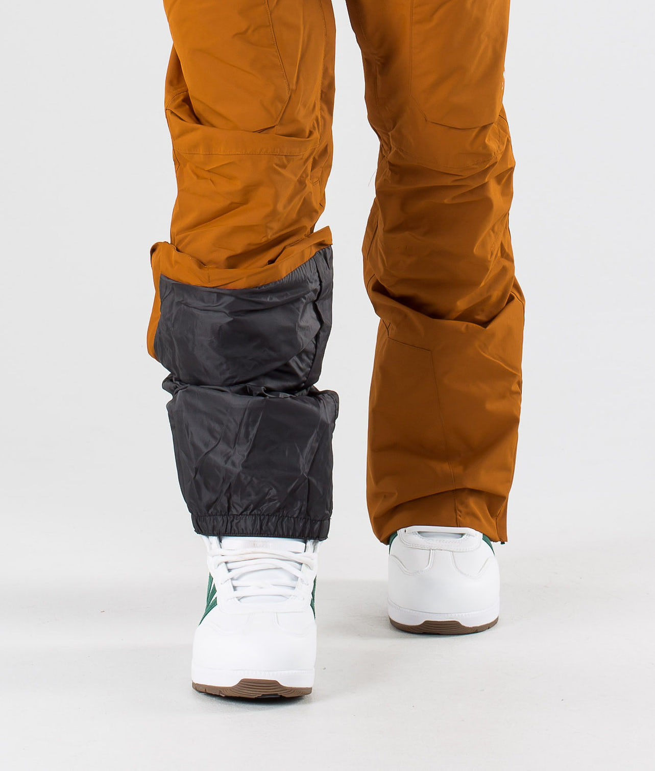 Kjøp Shadow Snowboardbukse fra WearColour på Ridestore.no - Hos oss har du alltid fri frakt, fri retur og 30 dagers åpent kjøp!