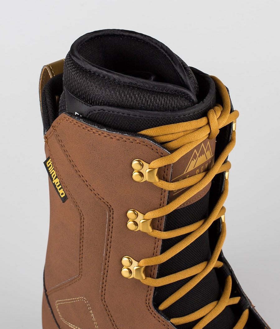Thirty Two 86 Sexton '19 Boots Brown