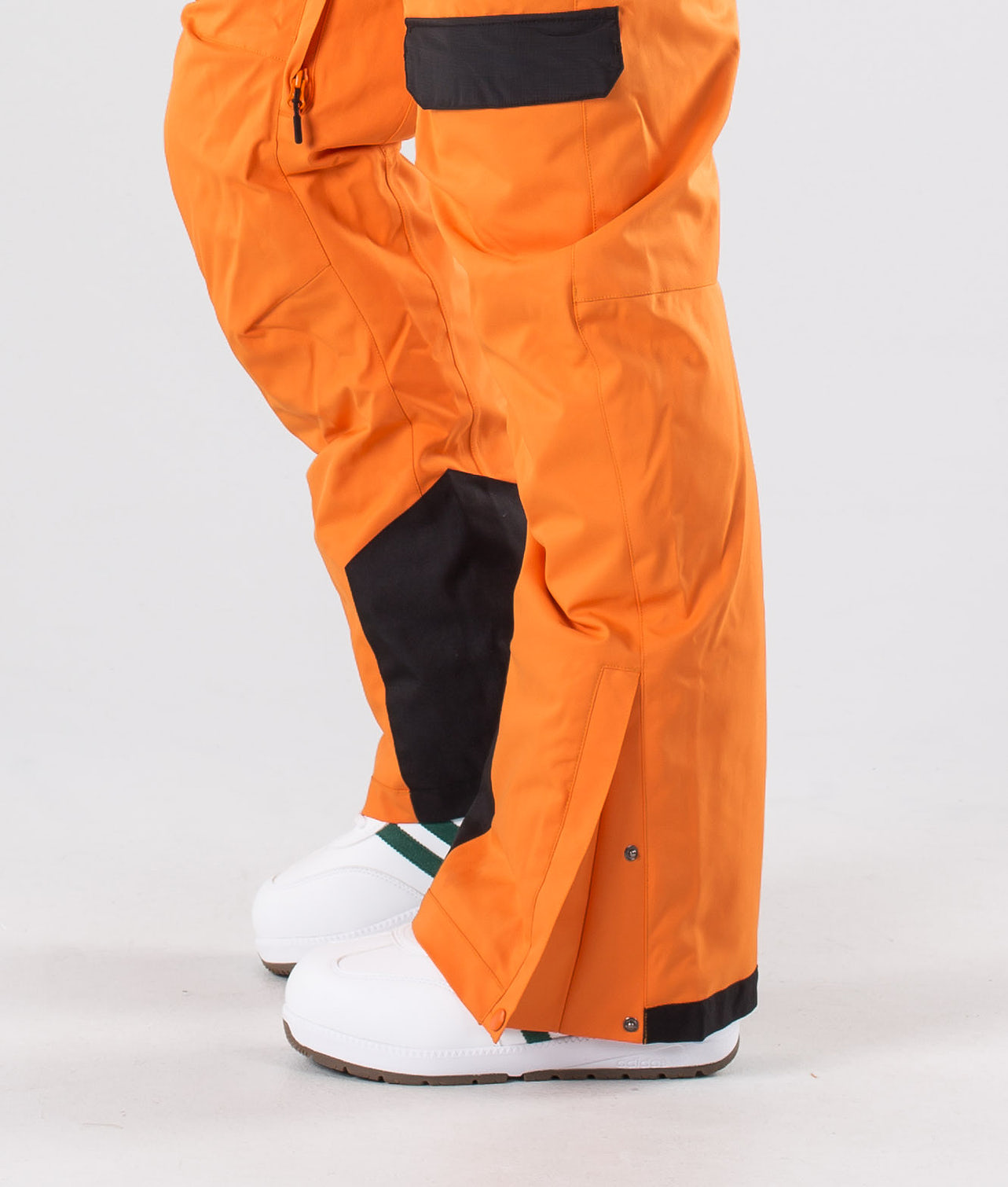 Kjøp Revive Snowboardbukse fra Rip Curl på Ridestore.no - Hos oss har du alltid fri frakt, fri retur og 30 dagers åpent kjøp!