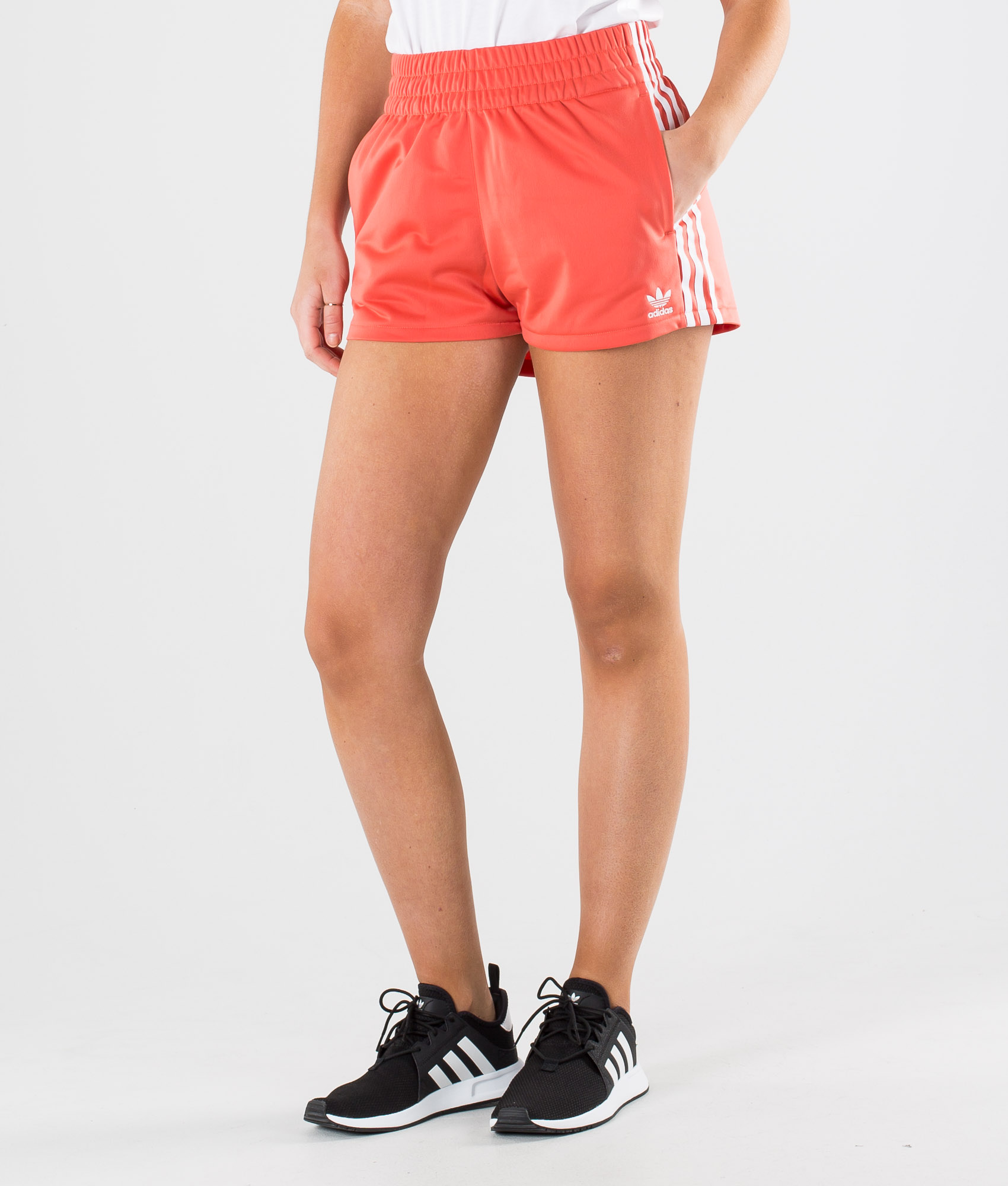 Adidas Originals 3 Stripe Short Shorts Trace Scarlet White Ridestore Com