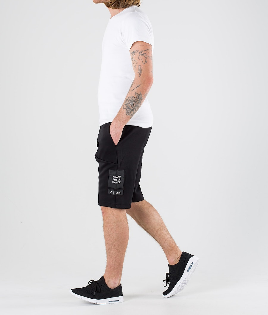 Peak Performance Tech Shorts Black