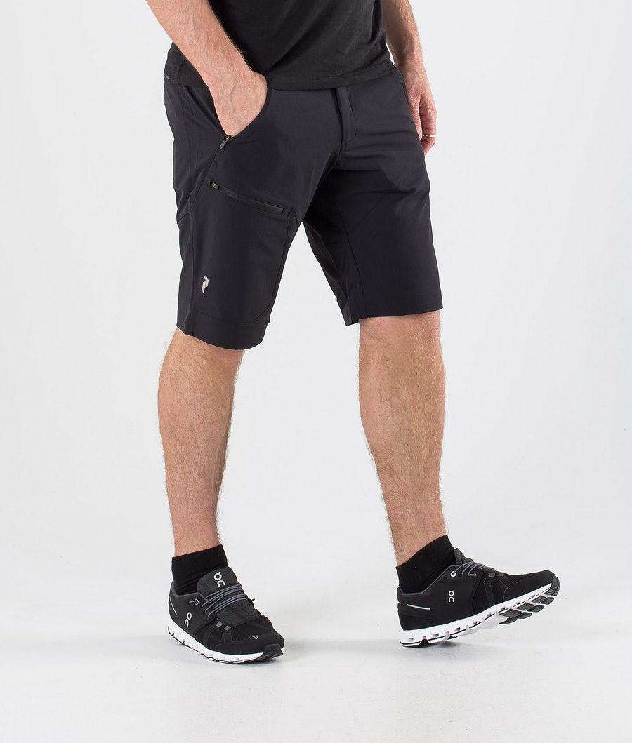 Peak Performance Light SS Carbon Shorts Black