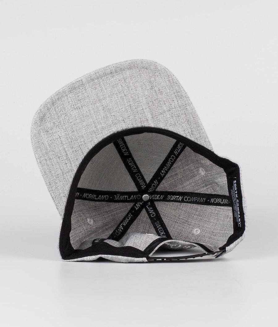 SQRTN Into Emblem Keps Grey