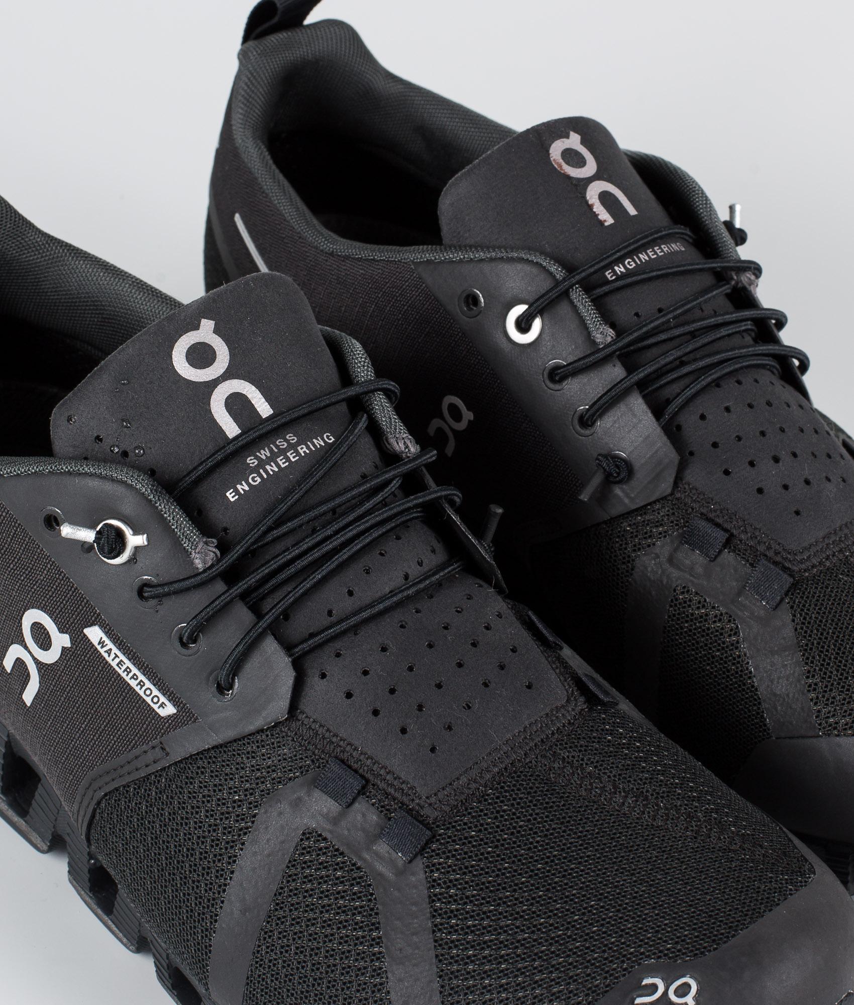 On Shoes W Cloud Waterproof Sko BlackLunar Ridestore.no