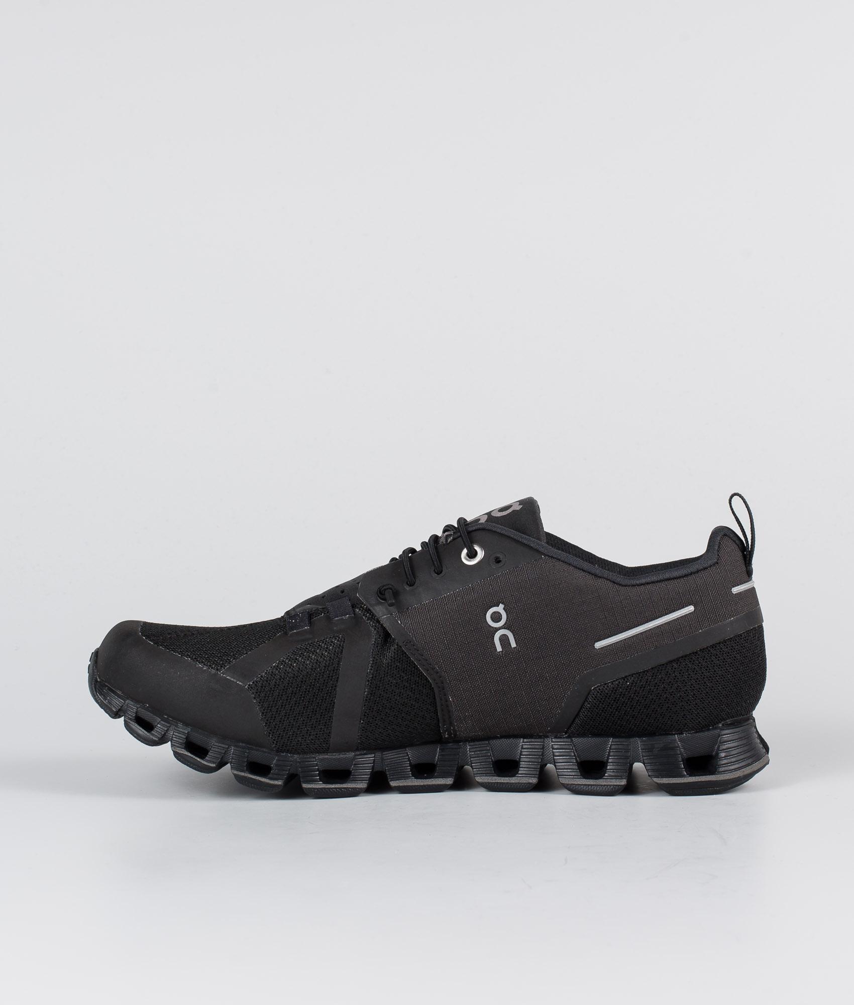 On Shoes W Cloud Waterproof Sko BlackLunar