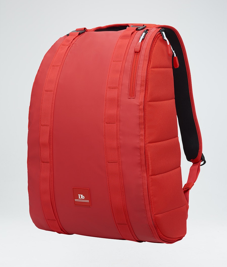 Douchebags Base 15L Sneeuw Tas Scarlet Red