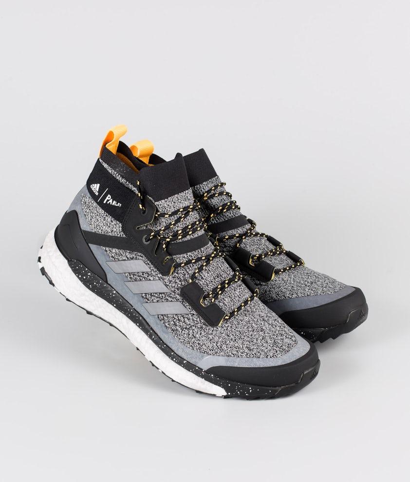 Adidas Terrex Terrex Free Hiker Parley Skor Core Black/Crystal White/Solar Gold