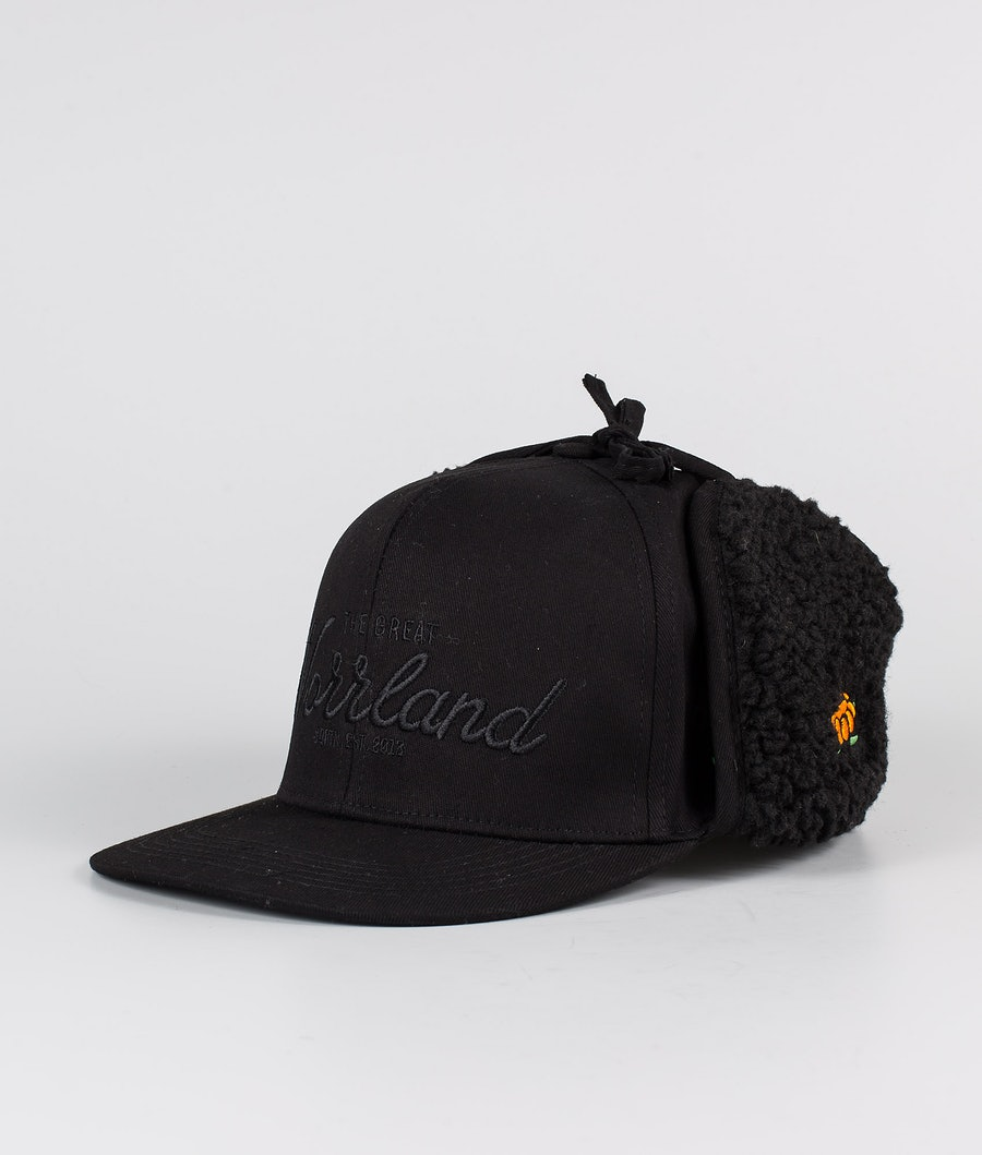 SQRTN Östersund Cappello All Black