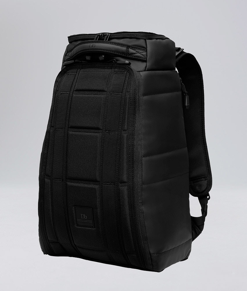 Douchebags The Hugger 20L Väska Snow Black Out