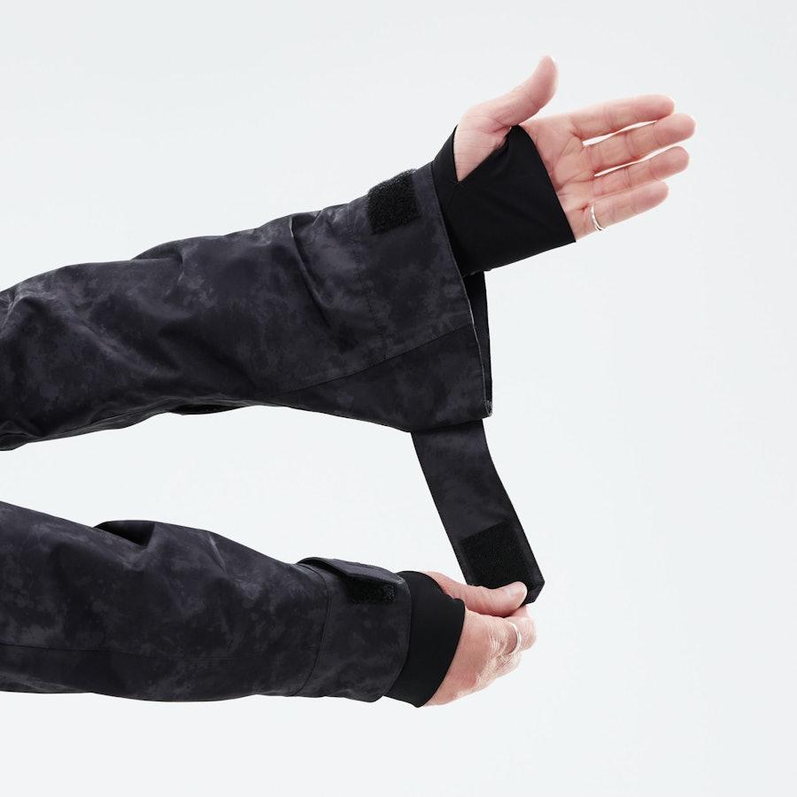 Oversized Sleeve Openings