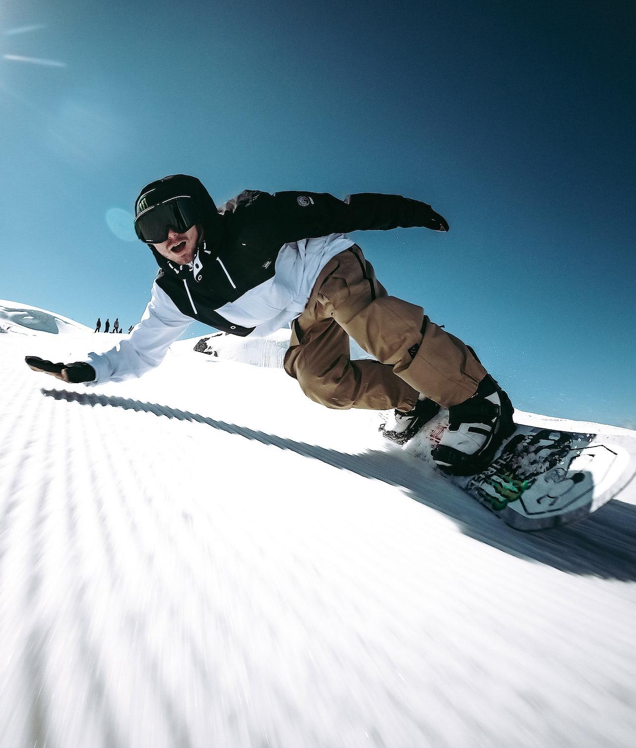 Adept 18 | Achète des Veste de Snowboard de chez Dope sur Ridestore.fr | Bien-sûr, les frais de ports sont offerts et les retours gratuits pendant 30 jours !