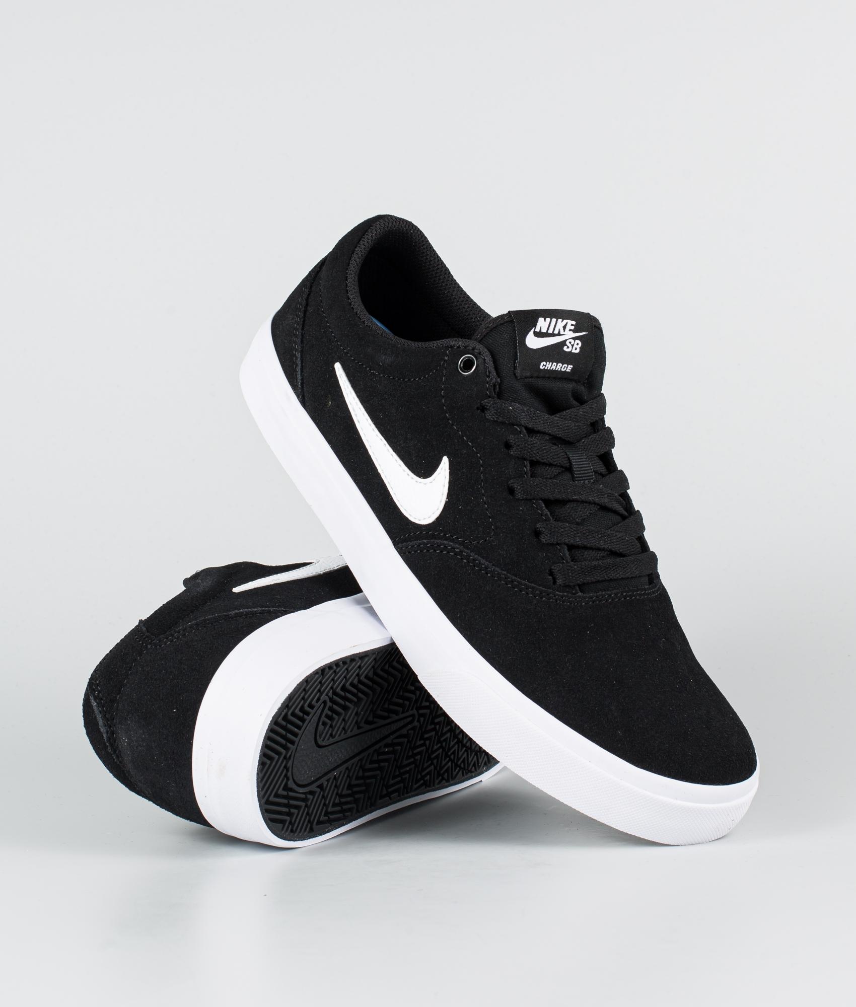 Nike SB Charge suede Chaussures Black/White-Black   Ridestore.com