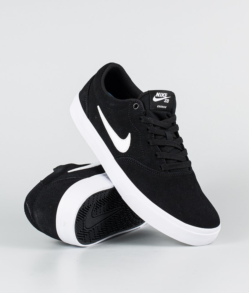 Nike SB Charge suede Skor Black/White-Black