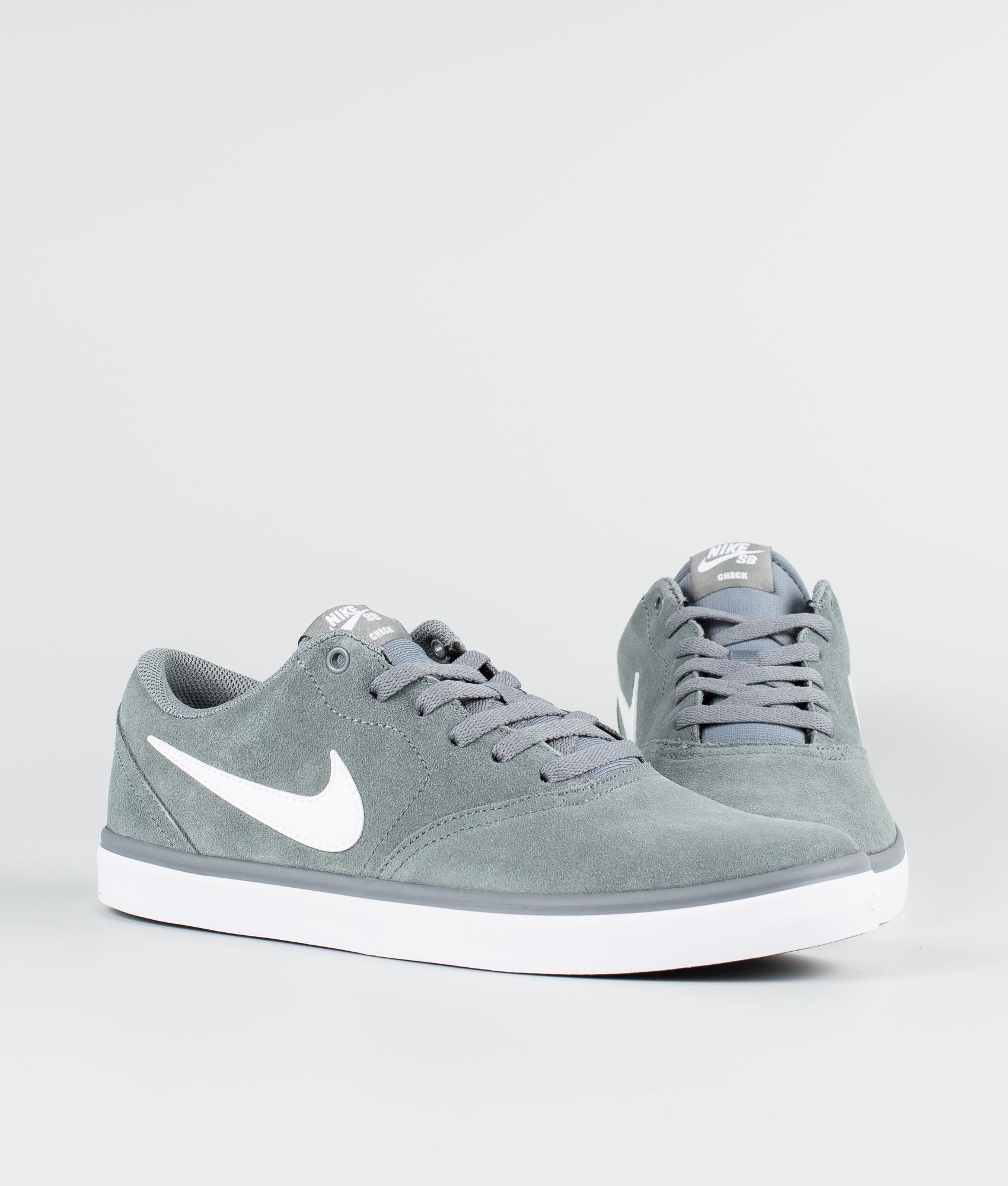 NIKE SB Chron Solar Sneakers for Men White
