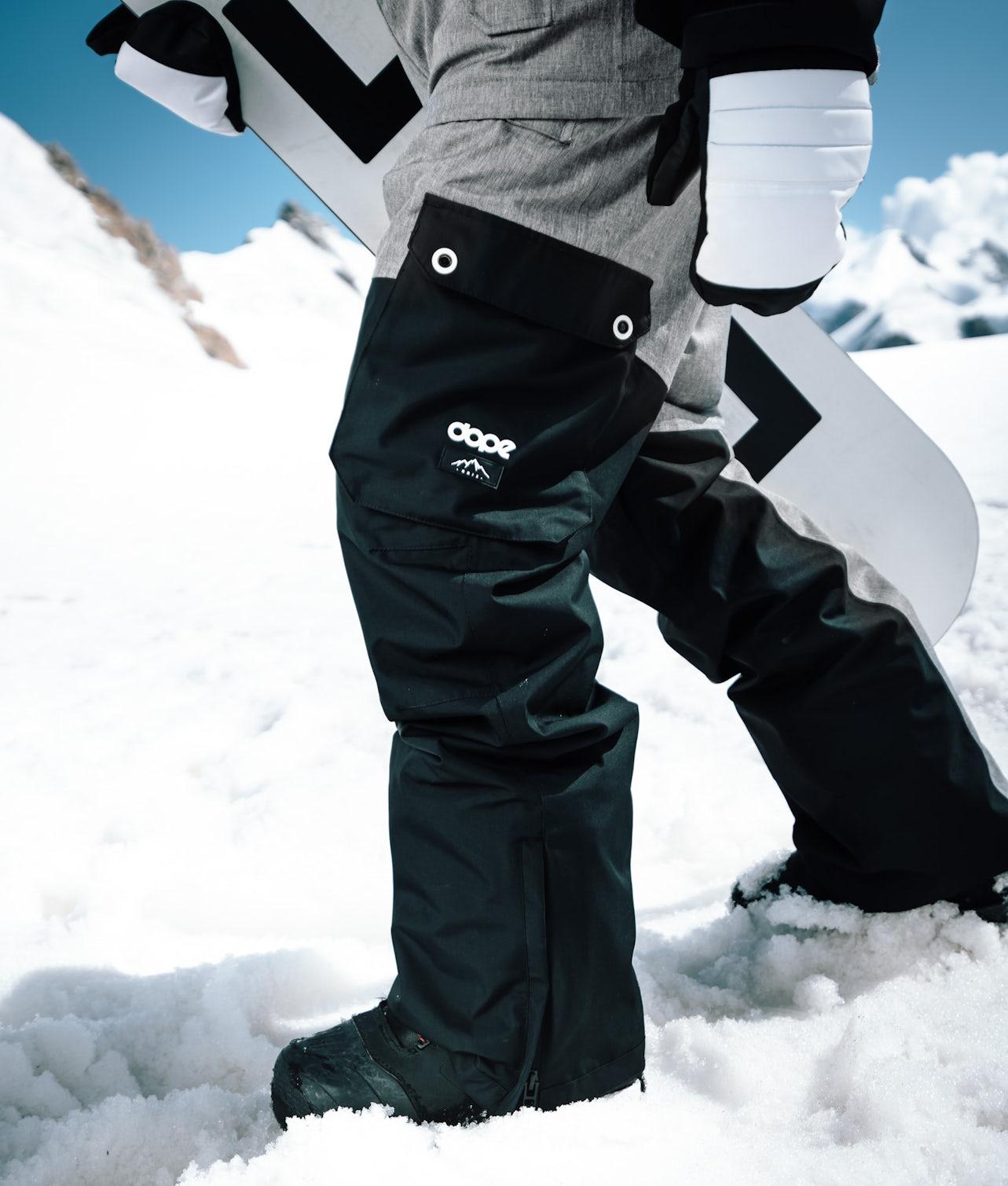 Kjøp Adept Snowboardbukse fra Dope på Ridestore.no - Hos oss har du alltid fri frakt, fri retur og 30 dagers åpent kjøp!