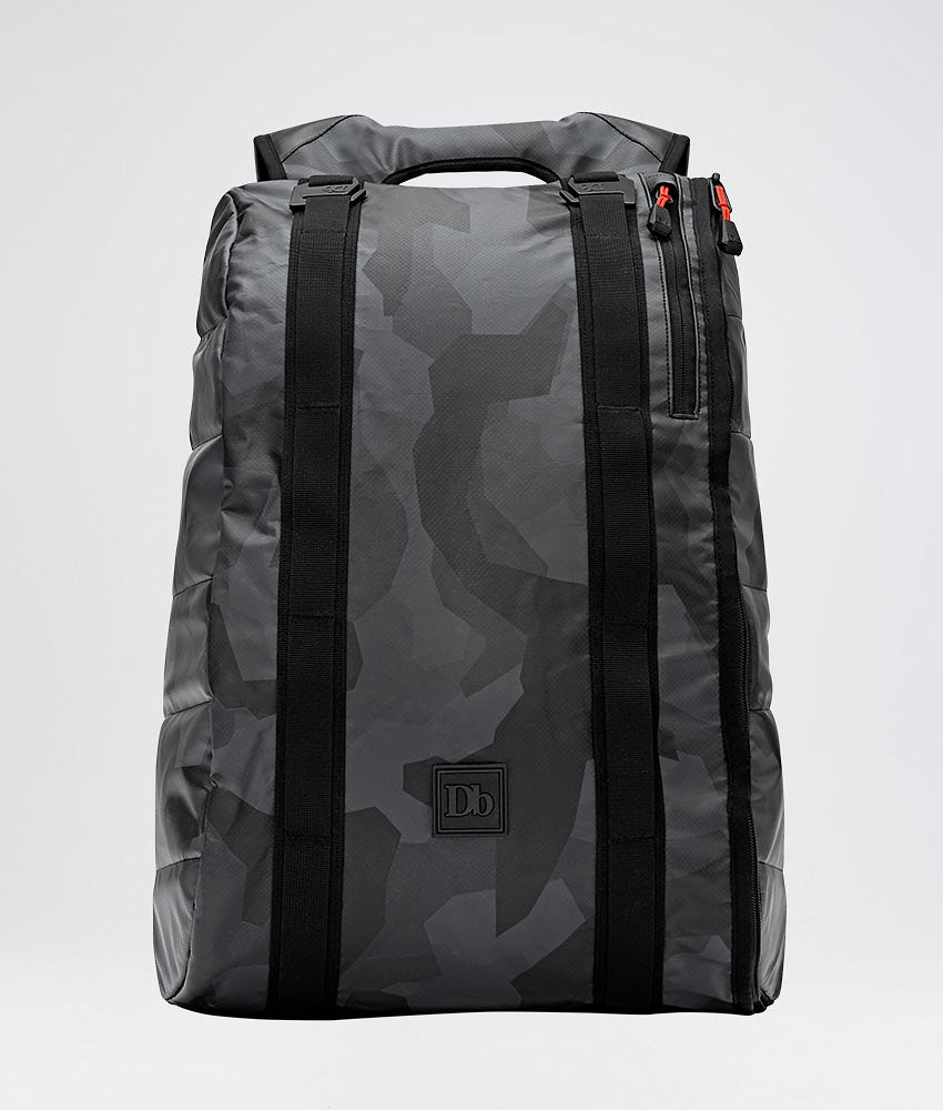 Douchebags The Base 15L Laukku Black Camo