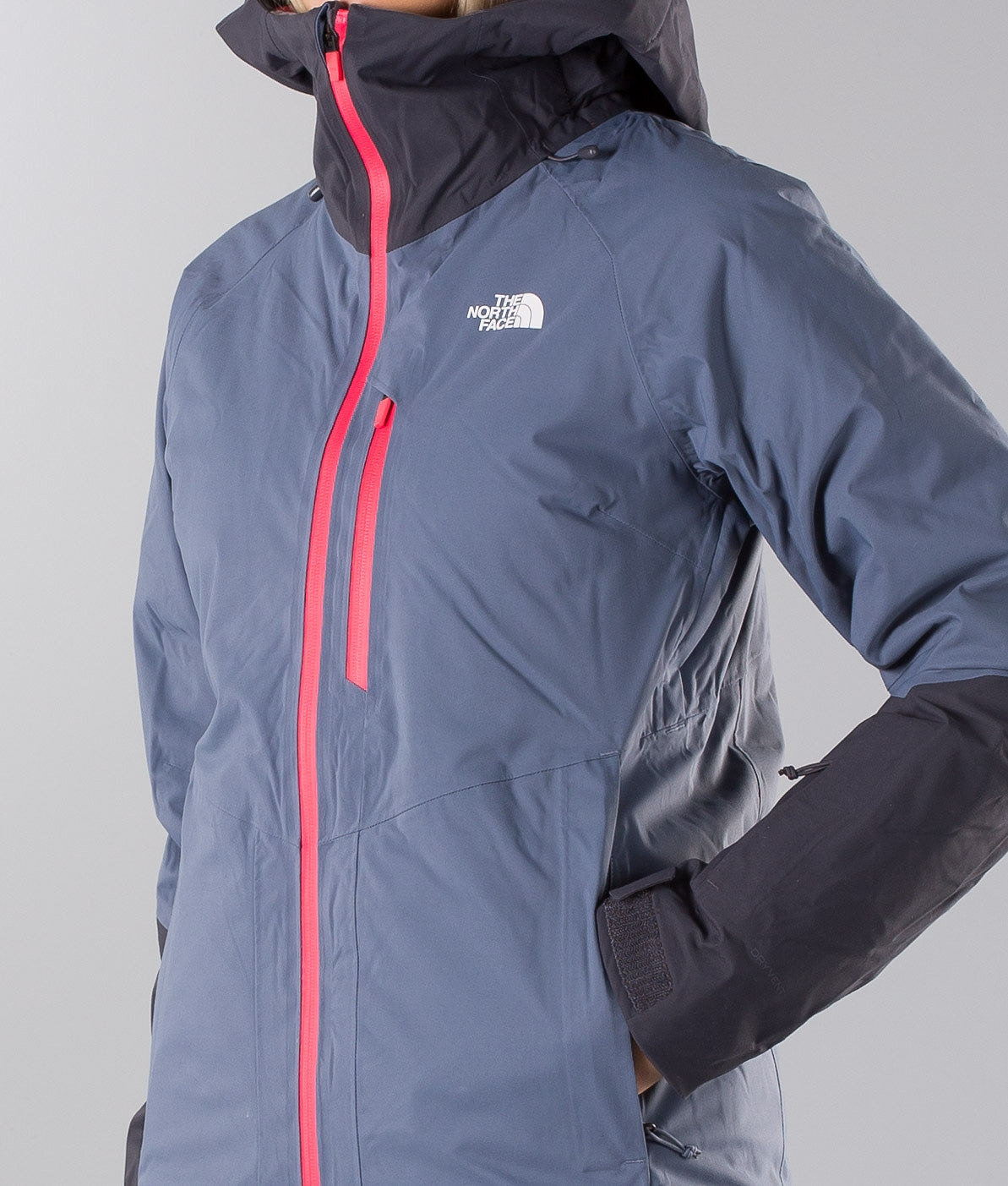 Buy Sickline Ski Jacket from The North Face at Ridestore.com - Always free shipping, free returns and 30 days money back guarantee