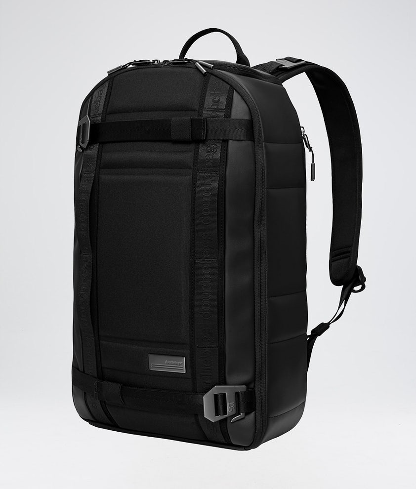 Douchebags The Backpack Väska Snow Black Leather