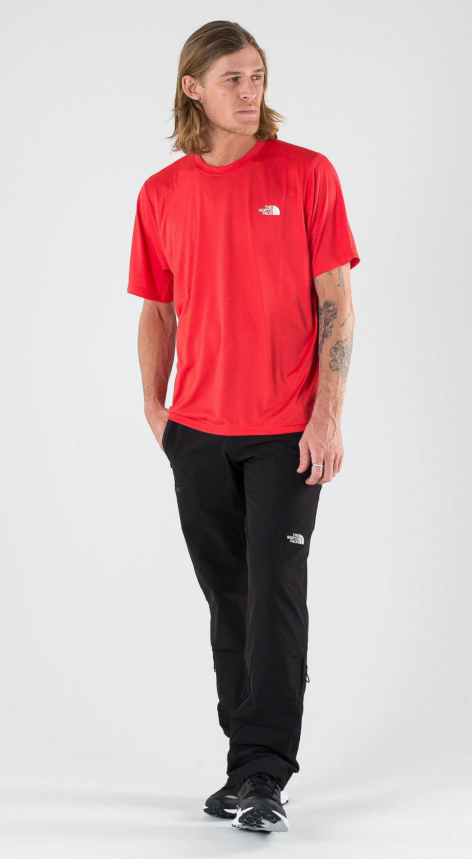The North Face Reaxion Amp Crew Tnf Red Heather Outfit Multi