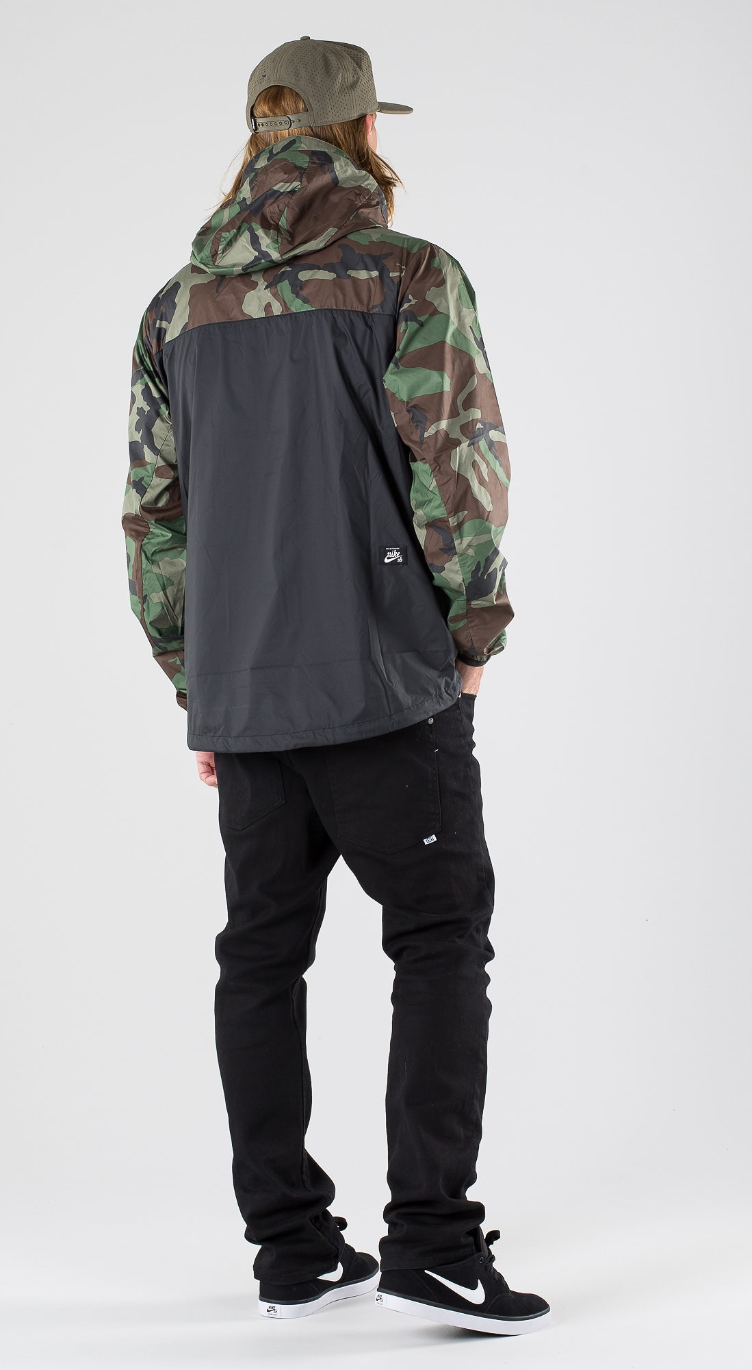 Nike SB Anorak Camo Medium Olive/Black/Black